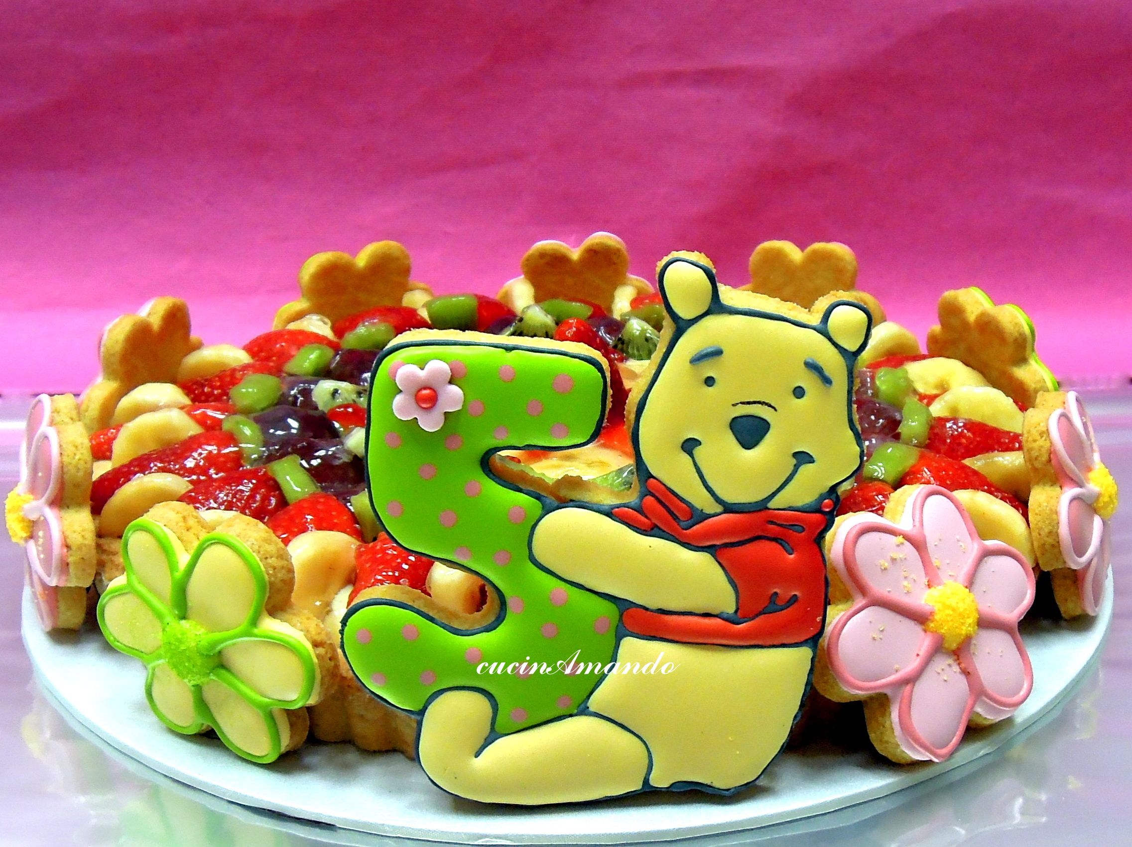Crostata di frutta con winnie the pooh cucinamando - Cucina winnie the pooh ...